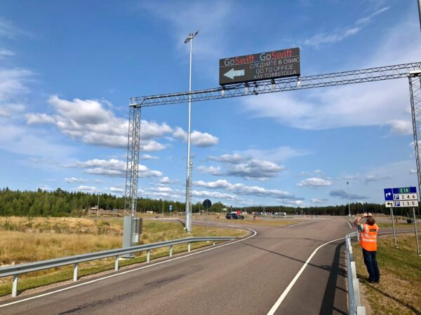 Ampron Rugged LED Message Boards for Vaalimaa Border Crossing Area